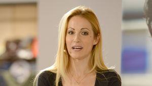 Andrea Kaiser bei einer Pressekonferenz in Berlin