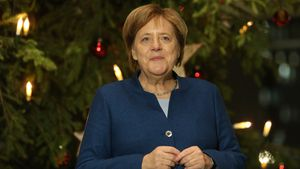 Mit Angela Merkel? GNTM-Gerdas Ex Tobi disst Influencer!