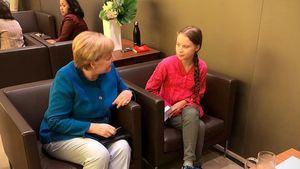 Angela Merkel stellte sich für ein Greta-Thunberg-Foto an