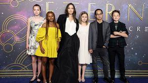 Wie Zahara: Shiloh trägt ein Kleid von Mama Angelina Jolie