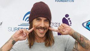 Stylecheck: Anthony Kiedis mit Schnauzbart!