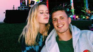 Frisch verliebt: Hier kuschelt Ava Phillippe mit ihrem Neuen