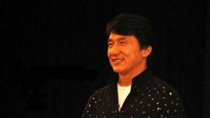 Jackie Chan meidet die Klospülung!