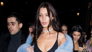 Bella Hadid auf dem Weg zur After-Show-Party von Victoria's Secret im November 2016 in Paris