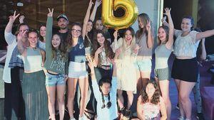 Bibi Heinicke mit ihren Fans aus Dubai