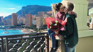 Rosen, Herzen, Urlaub: So turteln die Promis am Valentinstag