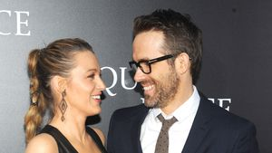 Schööön! Blake Lively & Ryan Reynolds turteln auf Red Carpet