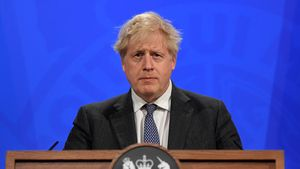 Die Queen wird 95: Premier Boris Johnson rührt mit Statement