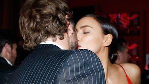 """Irina Shayk und Bradley Cooper bei einer """"L'Oreal""""-Party im Rahmen der Pariser Fashion Week"""