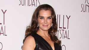 Sexy? Brooke Shields (48) im engen Leder-Dress