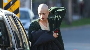 "Cara Delevingne am Set von ""Life in a Year"""