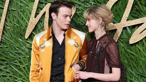 """Stranger Things""-Natalia & Charlie: Süßer Paar-Auftritt!"