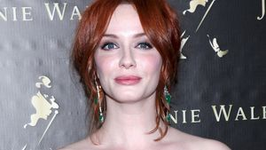 Oh! Christina Hendricks' Brüste verursachten Crash