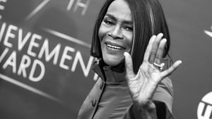 Obamas & Viola Davis: Stars nehmen Abschied von Cicely Tyson