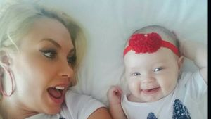 Coco Austin neidisch: Baby Chanel will lieber die Flasche