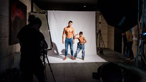 Junior-Kollektion: Cristiano Ronaldo modelt mit seinem Sohn!