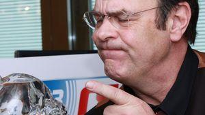 Dan Aykroyd:  Mit Wodka-Schädel in die Hauptstadt