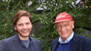 """Rush""-Star Daniel Brühl zollt Niki Lauda rührend Tribut"