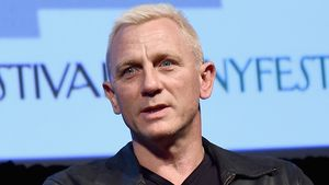 Daniel Craig mit neuem Look: James Bond treibt's blond!