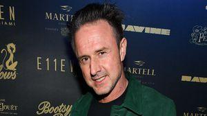David Arquette kauft 11.500 $ Diamantring für Coco