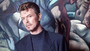 Skurrile Auktion: David Bowies Haare kommen unter den Hammer