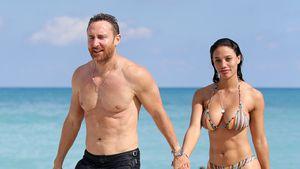 Heiße Beach-Show: David Guetta mit seiner Freundin am Strand