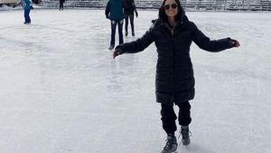 Demi Moore fährt Schlittschuh