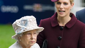 Queen Elizabeth II. und Enkelin Zara Phillips