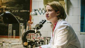 """""""Charité"""": Wie viel Nina Gummich steckt in Dr. Ella Wendt?"""