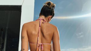 Ganz schön heiß: Dua Lipa POsiert auf Insta im Mini-Bikini!