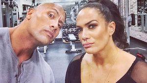 Dwayne Johnson und Wrestlerin Nia Jax im Fitnessstudio