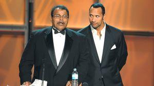 """The Rock"" offenbart: Sein Vater starb an einem Herzinfarkt"