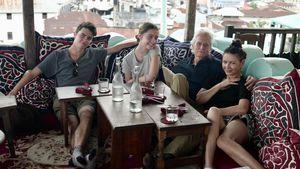 Catherine Zeta-Jones teilt Familien-Pic mit Michael und Kids