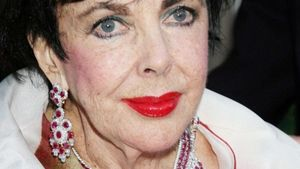 Hollywood-Legende Liz Taylor gestorben!
