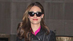Emmy Rossum als Biker-Barbie unterwegs