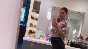 Schwangere Freundin von Kevin Hart zeigt nackten Babybauch