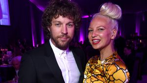 Erik Anders Lang und Sia bei den Elton John AIDS Foundation Academy Awards in Los Angeles