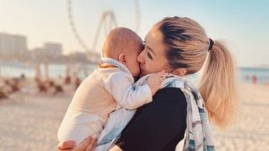 Sieben Monate: Fiona Erdmann macht Sohn Leo Liebeserklärung