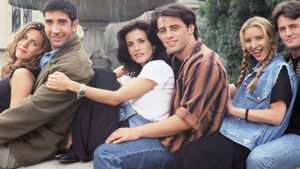 Friends: Jennifer Aniston, David Schwimmer, Courteney Cox, Matt Leblanc, Lisa Kudrow & Matthew Perry
