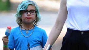 Kingston Rossdale (6) mit blau gefärbten Haaren