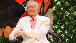 Das Ende einer Ära: Playboy Hugh Hefner sitzt im Rollstuhl!