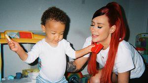 Ganz privat! Hier spielt Rapperin Iggy Azalea mit ihrem Sohn