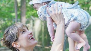 Isabell Horn: Baby Ella verbringt 1. Weihnachten am Strand!