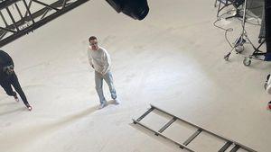 Ups! Ärgerlicher Flecken-Fail bei Jamules Musikvideo-Dreh