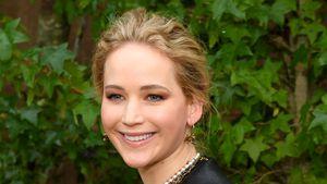In Latzhose: Erste Fotos von Jennifer Lawrence mit Babybauch