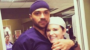 "Jesse Williams und Sarah Drew am Set von ""Grey's Anatomy"""