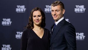 Jessica Farber und Toni Kroos bei den The Best FIFA Football Awards