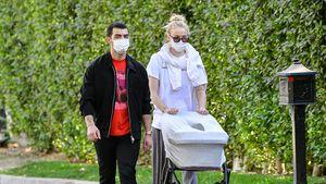 Fast täglich: Joe Jonas und Sophie Turner lieben Baby-Touren