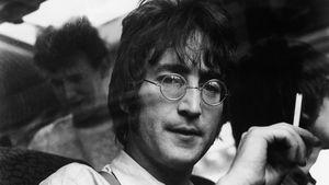 Für 1,2 Millionen: John Lennons Klavier wird versteigert