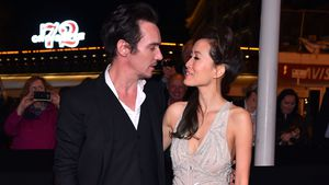 Jonathan Rhys-Meyers und Mara Lane in Cannes